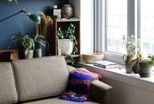 lounge area / sitting room