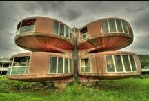 Strange houses / Modern architecture,