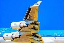 Commercial Airplanes / Commercial Airplanes