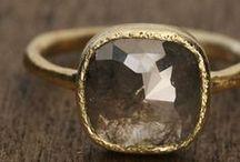 Jewels / by Leonie Macleod