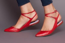 Shoes / by Leonie Macleod