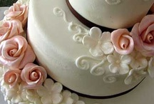 Wedding Cakes / by Heart Emoticon