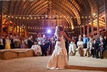Barn Weddings / www.katherinecourtney.com