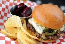 San Clemente Restaurants, Diners and Nosheries  / Fine dining to authentic Mexican to hearty sandwiches on the go, San Clemente offers a bounty of delish dining options. (And, for you 21+ types, we have thrown in a few places to get your whistle wet.)