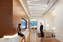 Ofis Aydınlatma / Ofis Aydınlatma Sistemleri !!! Ofisinizi güzelleştirmek için maddi ve manevi emeğin olduğu Işık ile güzelleşir. Bunun yanındada Ofisinizi Aydınlatmada rengarenk ışıklandırma kurma noktasında, Statik Aydınlatma size esnek ve kalıcı Işık Çözümleri sunuyor.