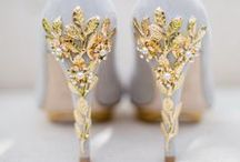 Bride to be / wedding dresses, shoes, accessories, bouquet