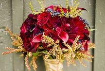 Red Wedding Flowers (Bouquets, Centerpieces, Decor) / Ideas and photos of red wedding flowers in bouquets, centerpieces and other ceremony and reception decor. Plus, flower-types in red.