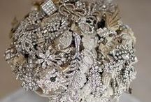 Glamour and Sparkles! / Anything and everything that sparkles for your wedding