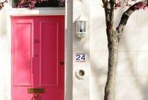 Spring / Tablero de decoración alegre, muebles con colores vivos y actitud 100% primaveral.