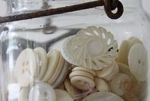 Buttons / Vintage Buttons, Decorating with Buttons, button accessories