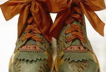 B.shoes / Ayakkabı giymesi de taşıması da sanattır.