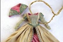 roupas / sapatos  bonecas / by Uliana Catenaci