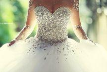 Dresses / Umm lots of pretty dresses? / by Raana Behbahani
