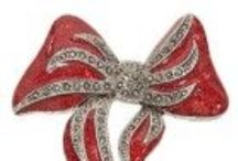 Christmas Glitter Bow on CheapCollectibleStore / Every individual has its own interest & collecting things is one of them. It's the best ways of dealing with stress
