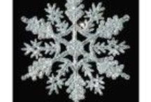 Christmas Snowflakes on CheapCollectibleStore / Every individual has its own interest & collecting things is one of them. It's the best ways of dealing with stress