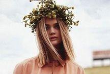 Blunt Hair Inspo / by Gemma Tomlinson