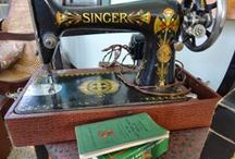 vintage sewing machines / sewing machines made before 1975