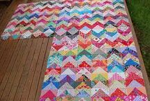 Quilting - Half square triangle quilts / Quilt patterns made from half square triangles