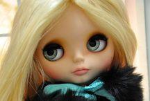 BLYTHE DOLLS ...blonde