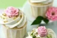 Cupcakes / by Jeri Sue Jones