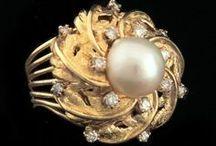 MarthasJewelryCase.com Estate Jewelry / http://www.marthasjewelrycase.com