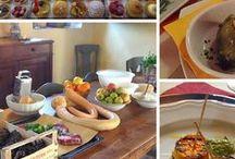 Sabor a Bordo / Jantares em restaurantes temáticos onde você aprecia a cultura de um país ou região através da sua gastronomia e de apresentações artísticas, preparados especialmente para a noite. São organizados com a mesma dedicação das viagens em grupo.