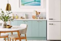 Dream kitchen / Kitchens that I love.  Ideas and inspiration for creating a beautiful space that will make you want to spend more time in the kitchen