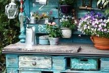 GARDEN > potting bench