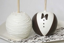 Wedding-Themed Products / Wedding Decorated Chocolate-Covered Favors