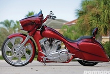 Custom Baggers / Custom made baggers / by Baggers Mag