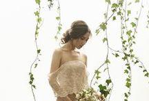 Green Wedding Inspiration / Green Wedding ideas- flowers, dresses, decorations, diamonds