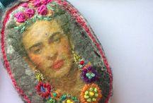 Frida Kahlo / Surrealist ....