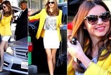 Pour un look Fashion Personnaliser le Blazer / Le blazer permet d'être chic et élégant dans sa version féminisée pour tous les âges et en toutes circonstances soit avec une robe de soirée ou avec un jean ! www.glamissime.net