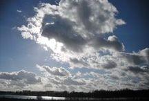 In de wolken / wolken, zonsondergangen, zonsopkomsten