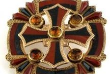 Scottish Jewellery / Scottish jewellery, brooches and pins from James Ness & Son, Edinburgh, UK.