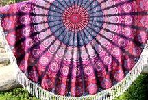 Mandala Roundie, Towel, Beach Blanket, Bohemian bedding, Yoga Mats, Wall Decor / Mandala Roundie perfect for beach Blankets.  Popular bohemian round throws and blankets. They are also used in decor and is beautiful Wall tapestry. Our roundie shop is great for Yoga mat and meditation. They are essential for beach in ssummer days. Roundies with blankets and throws is also used as wall tapestries. Roundie is round fabric of cotton which has its border decorated with pom pom and fringes.