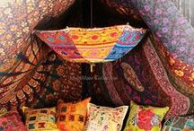Indian Parasol and Umbellas for wedding, party, bohemian decor / Beautiful ideas for Handmade Embroidered Indian Parasols. Antique Umbrellas are used in wedding, decorations and perfect for Bohemian Decoration. Gorgeous Lace Umbrellas and used as sun umbrella across the world. These ethnic umbrella and parasol is great for party decoration. Once hanged from ceiling it looks wonderful.