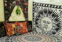 Room Decor ideas / Bohemians souls has unique sense of style. Your decor reflects your personality. Your home and bed headboard should truly look Bohemian and free spirited. Who doesn't love the look of a good bohemian room? Giving your place a stylish bohemian look is always very interesting and fun. Our Indian handmade items  helps you creating a stylish bohemian home.