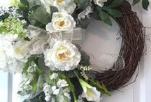 Wreaths and Designs / by Tammy Reed