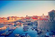 Croatia / Chorwacja jest piękna! Przedstawiamy Wam 25 zdjęć, które wykonaliśmy podczas naszych pobytów w Chorwacji. Tworząc tą listę staraliśmy się wybierać zdjęcia z najlepszymi ujęciami. My już kochamy Chorwackie widoki, teraz czas na Was lub Waszych przyjaciół, którzy jeszcze nie przekonali się do nich. Mamy nadzieję, że spodobają się Wam poniższe ujęcia. Więcej tutaj: http://crolove.pl/25-zdjec-ktore-sprawia-ze-zakochasz-sie-w-chorwacji/
