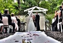 A Woodlands Wedding / The Woodlands is the perfect place to create memories on the day of your wedding!