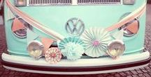 Wedding Car Decorations / Leuke ideeën voor het versieren van jullie trouwauto/trouwbus.  #vw #vwt2 #vwwedding #volkswagen #trouwen #bruiloft #inspiratie #strand #babyblue #blauw #volkswagent2 #trouwauto #trouwbus #mint #minty #weddingcar #weddingvan #trouwvervoer #hippie #bohemian #roadtrip #volkswagenbus #volkswagenbusje #t2 #t1 #ideas #inspiration #devolkswagenbus
