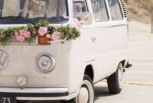 Volkswagenbus Sandy / Volkswagenbus Sandy, zandkleurige VWbus als trouwauto, trouwvervoer
