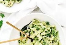 hungrig! - h a u p t s p e i s e n / Hauptmahlzeiten, die drei Dinge gemeinsam haben: Sie werden warm serviert, stecken voller Nährstoffe, die euch lange satt machen und schmecken super lecker!  | Delicious, healthy and satisfying meals |