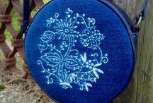 Dilians kleine Schultertaschen / Kleine Dilians Schulter Täschchen aus Blaudruck mit Blaudruck handbedruckten Motiven auf Lausitzer Leinen