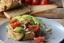 b r o t z e i t / Stullen, Schnitten, Brötchen, Sandwiches - hier gibts gesunde und kreative Rezepte, all including: Brot.