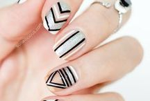 easy nail art ✩ / Pretty nail art ideas for all occasions
