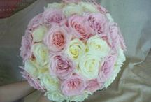 Roses for Weddings / A range of wedding bouquets with roses