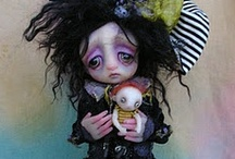 Odd Dolls / Unusual hand made dolls from artists across the globe.