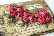 Crafty Handmade Flowers / by Nathalie Brunet-Deschamps